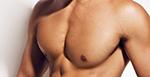 Prótese peitoral masculina ganha cada vez mais adeptos